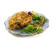 Tortilla con champiñones, pimiento verde y cebolla