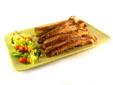 Costillas de cerdo asado con ensalada